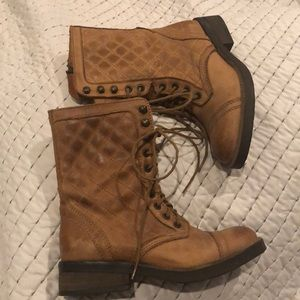 Steve Madden leather boots sz 6.5